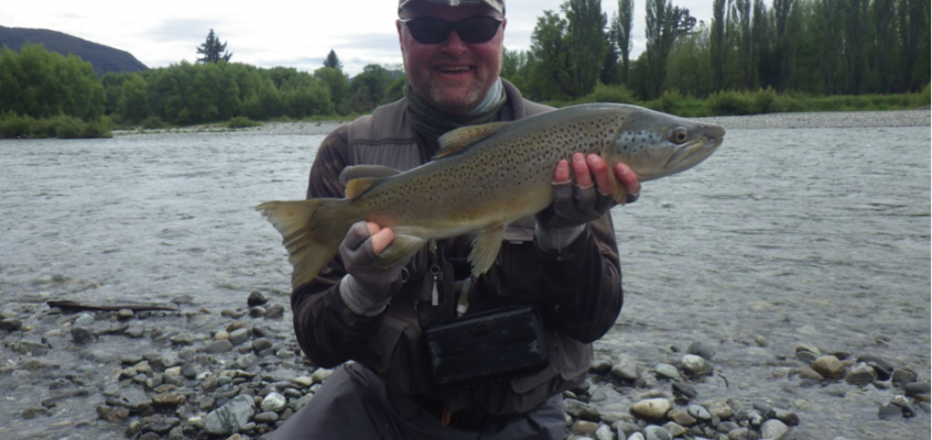 Fishing the Snowbee Thistledown in New Zealand with Scottish National rivers champion Alan Hill